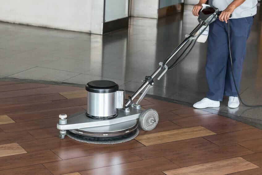 Boden reinigen