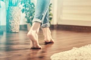 Fußwarme Räume dank Kellerdeckendämmung